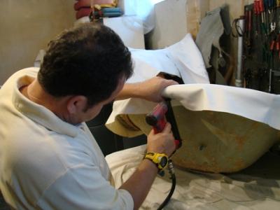 373021 curso de estofador de m%C3%B3veis Curso gratuito de construtor de móveis em São Roque